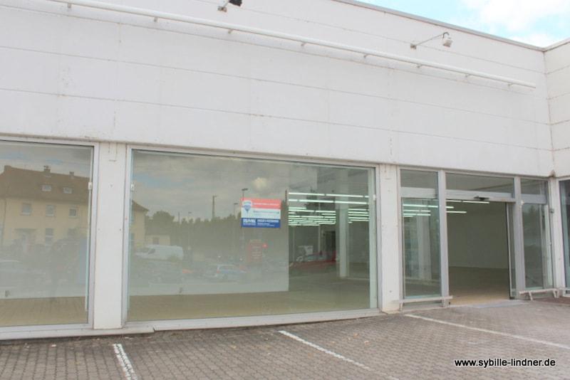 VERMIETET - Gewerbefläche Einzelhandelsmarkt